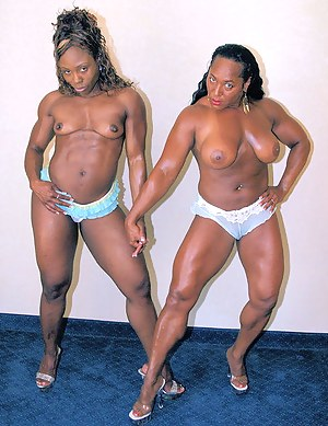 Muscle Lesbian Porn Pictures